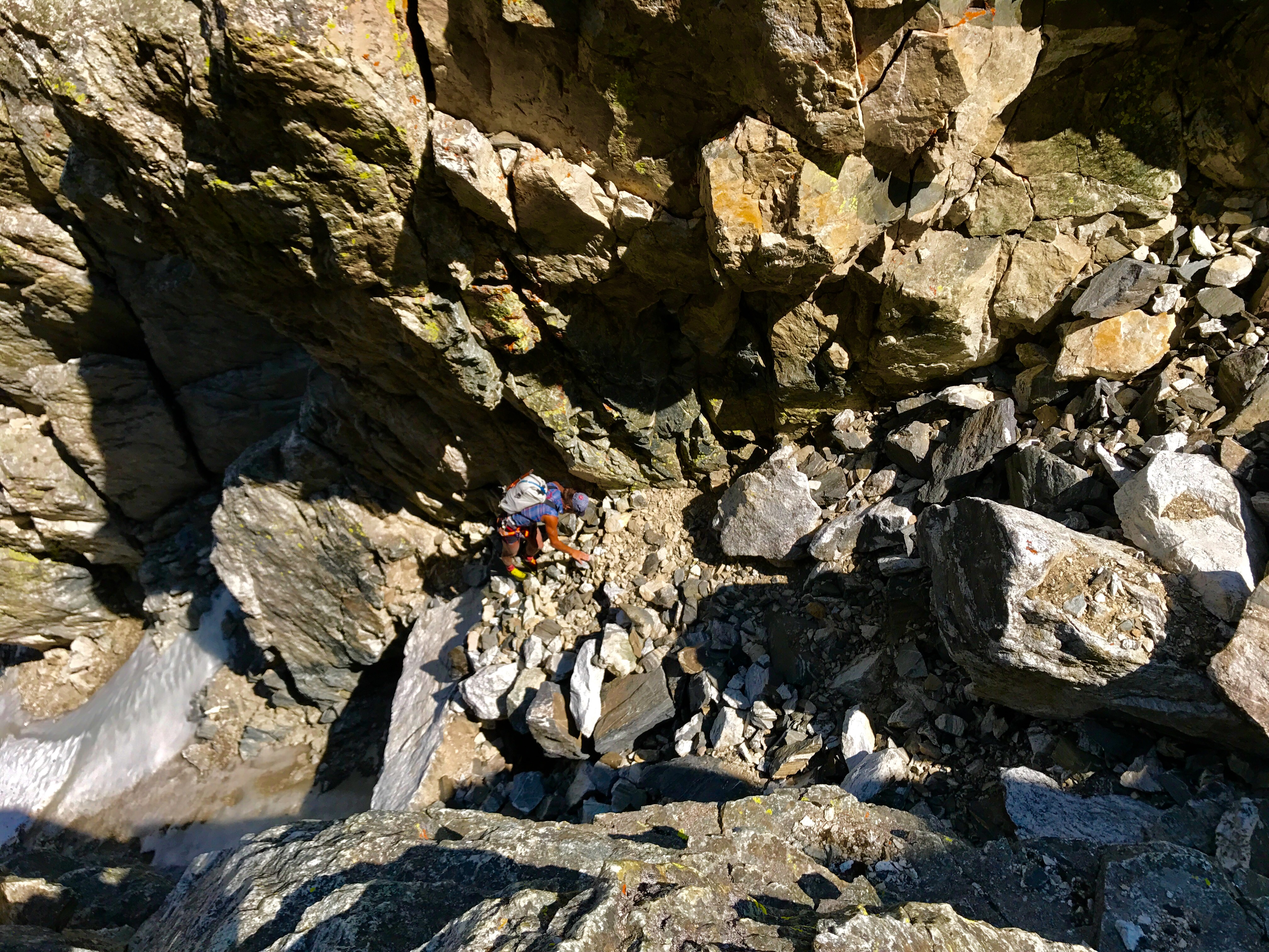 Scrambling up (east) the Gunsight Couloir to the actual col.