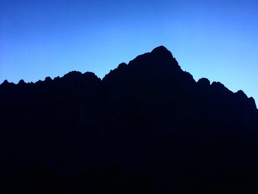 crestones_dusk
